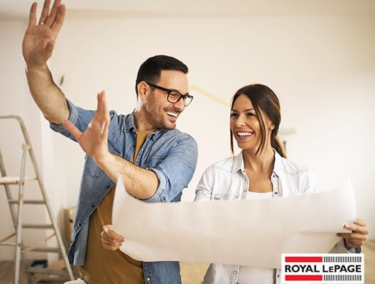 DIY or Hire a Pro? 4 Things to Consider Before Starting Your Next Reno